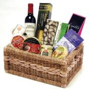 Irish Christmas Gift Baskets: Ireland Xmas Gift Basket ...